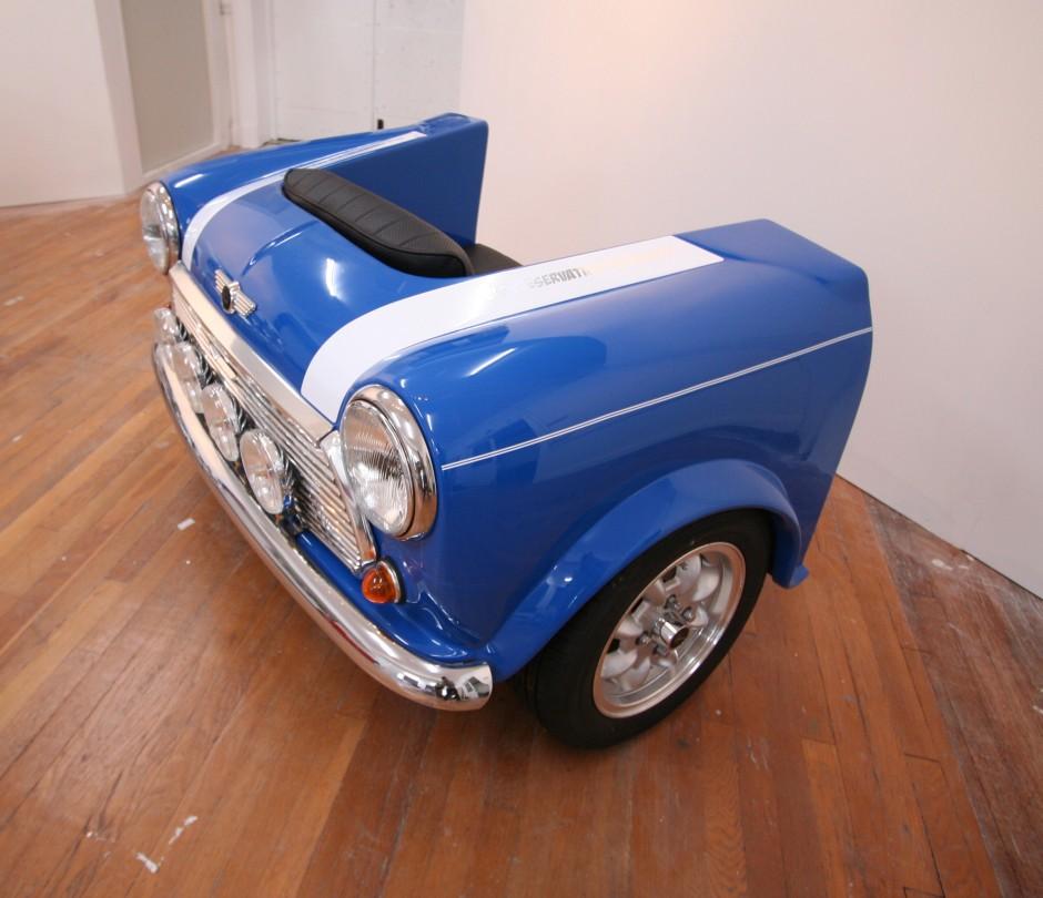 Mini Seat by George Ioannou